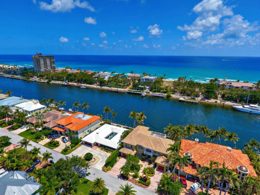 Safest cities in Florida - Lighthouse Point, Florida