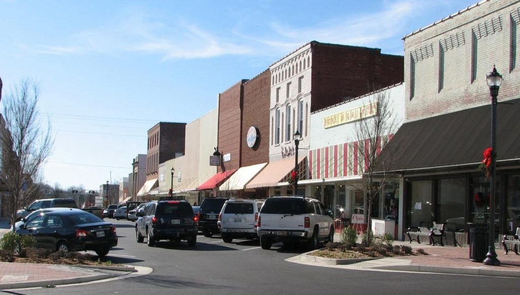 Dickson, Tennessee - most dangerous cities in us